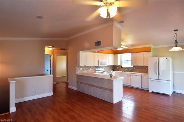 8220  Caloosa RD Fort Myers, FL 33967- MLS#218032402 Image 4