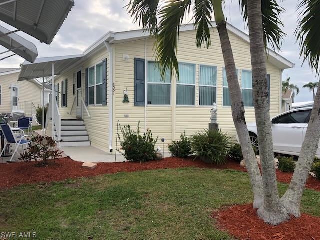 4691 W Slash Pine WAY, Estero, FL 33928-