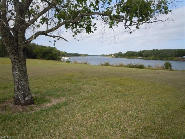 5290 River Blossom Ln, Labelle, Fl 33935