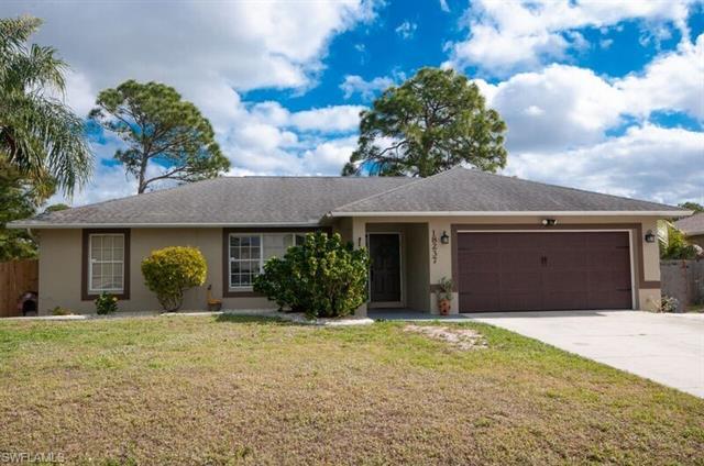 18237  Apple,  Fort Myers, FL
