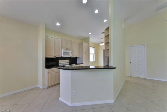 9410  Springview LOOP Estero, FL 33928- MLS#218079521 Image 10