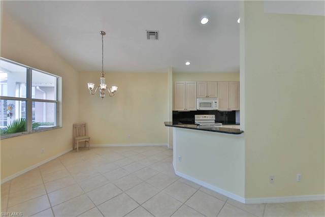 9410  Springview LOOP Estero, FL 33928- MLS#218079521 Image 12
