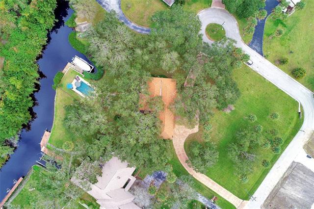 20 Skyline Dr, North Fort Myers, Fl 33903