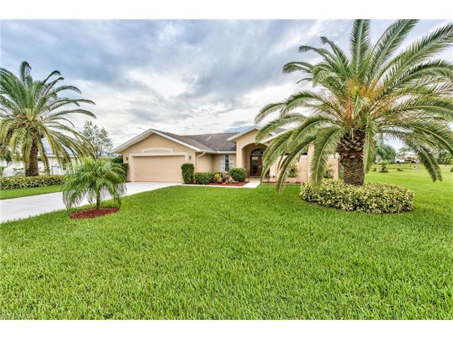 559 S Charwood,  Lehigh Acres, FL