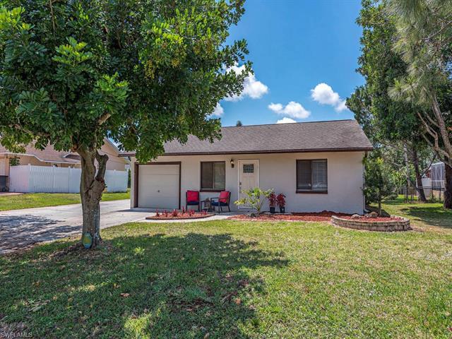 17336  Phlox DR, Fort Myers, FL 33967-