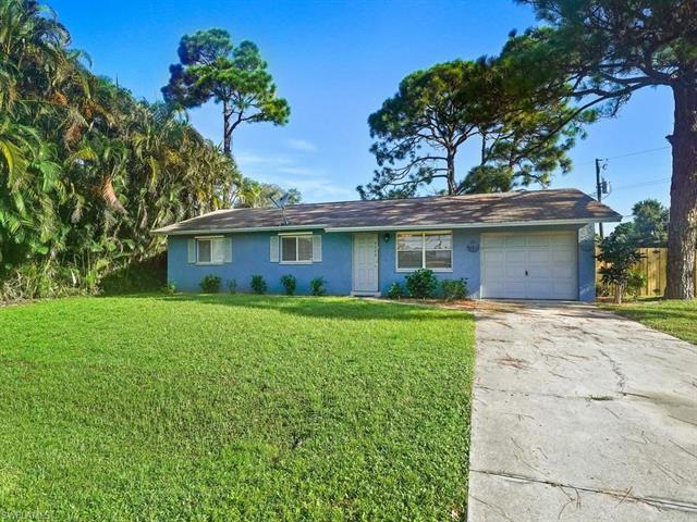 18568  Bradenton RD, Fort Myers, FL 33967-