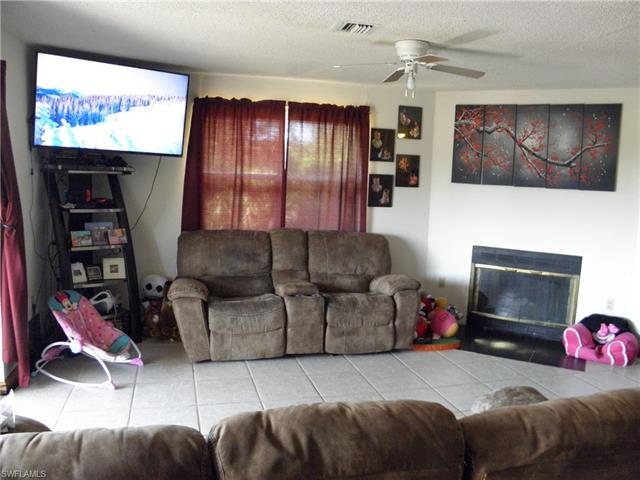 325 Moore, Lehigh Acres, FL, 33936