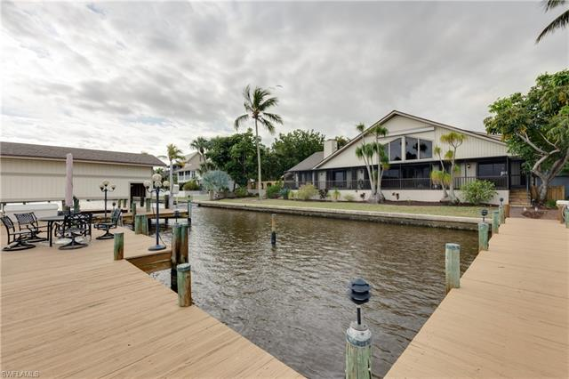 133 Andre Mar Dr, Fort Myers Beach, Fl 33931