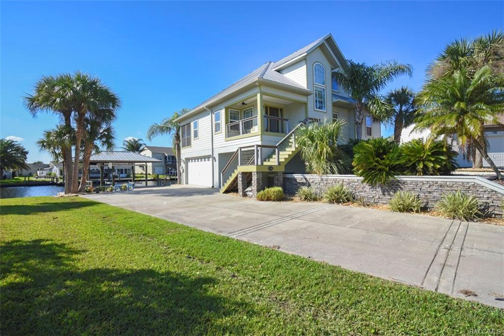 Photo of 11898 W Sunnybrook Court, Crystal River, FL 34429