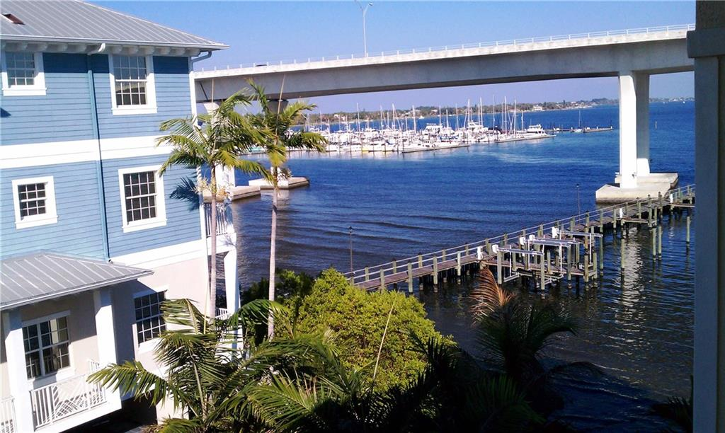 Harborage Yacht Condo 07