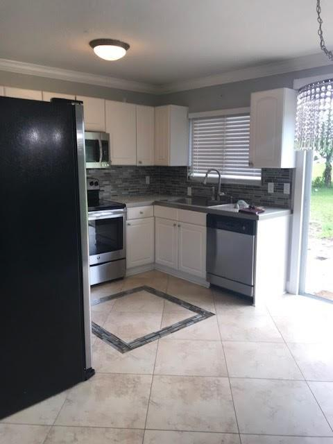 698 SW Bridgeport, Port Saint Lucie, FL, 34953