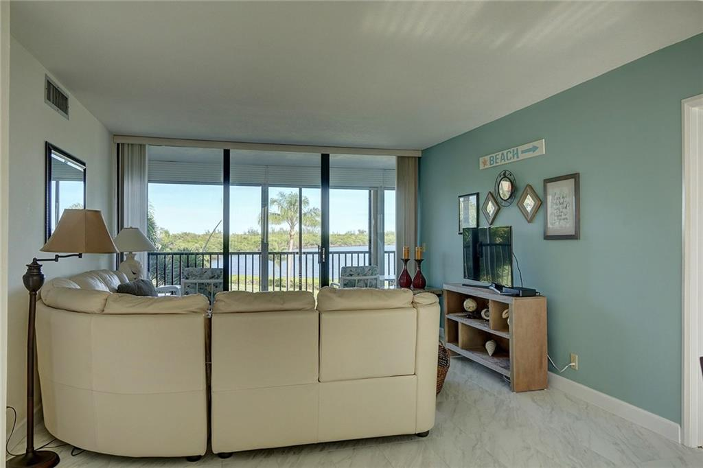 FAIRWINDS COVE REALTY