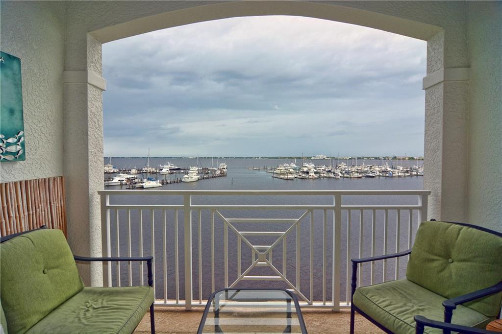Harborage Yacht Club Condo 05