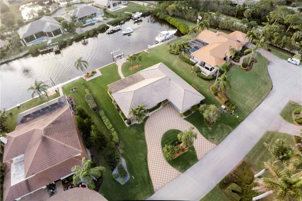 YACHT & COUNTRY CLUB STUART HOMES