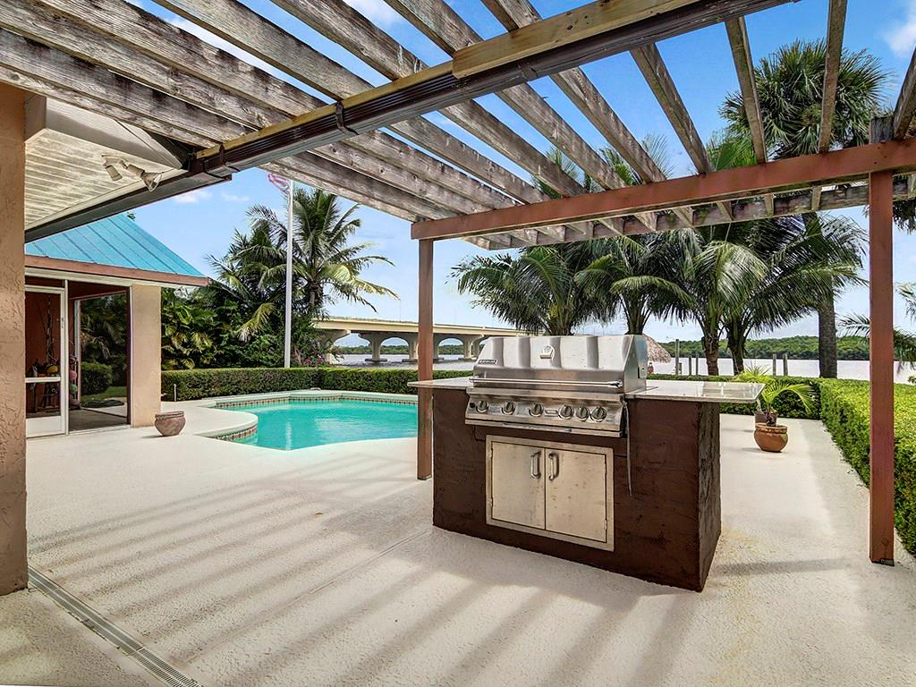 ST LUCIE SHORES REALTY