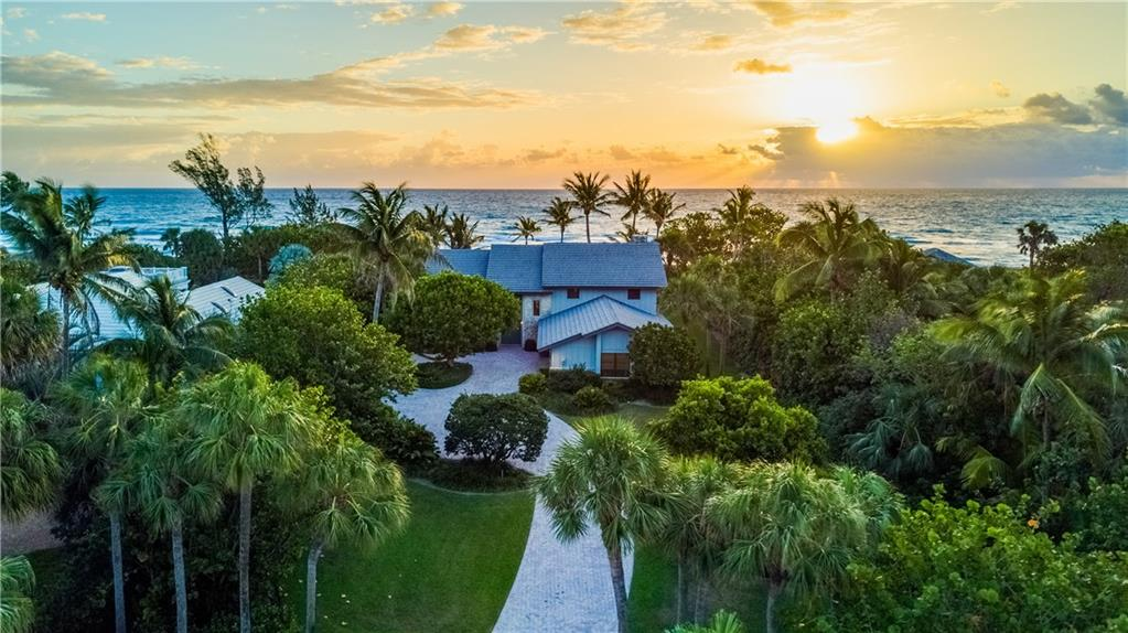 27 N Beach, Hobe Sound, FL 33455