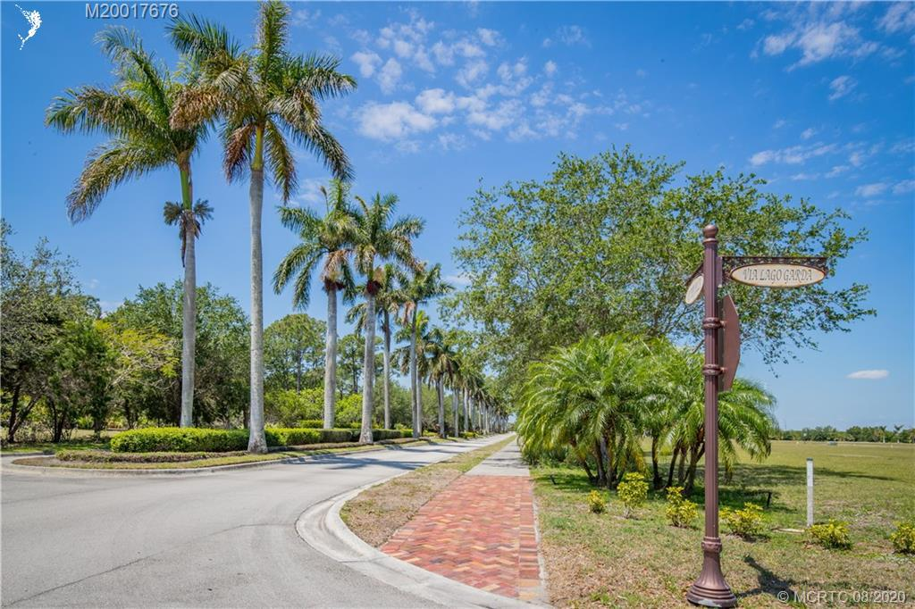 103 SE VIA LAGO GARDA, Port Saint Lucie, FL, 34953