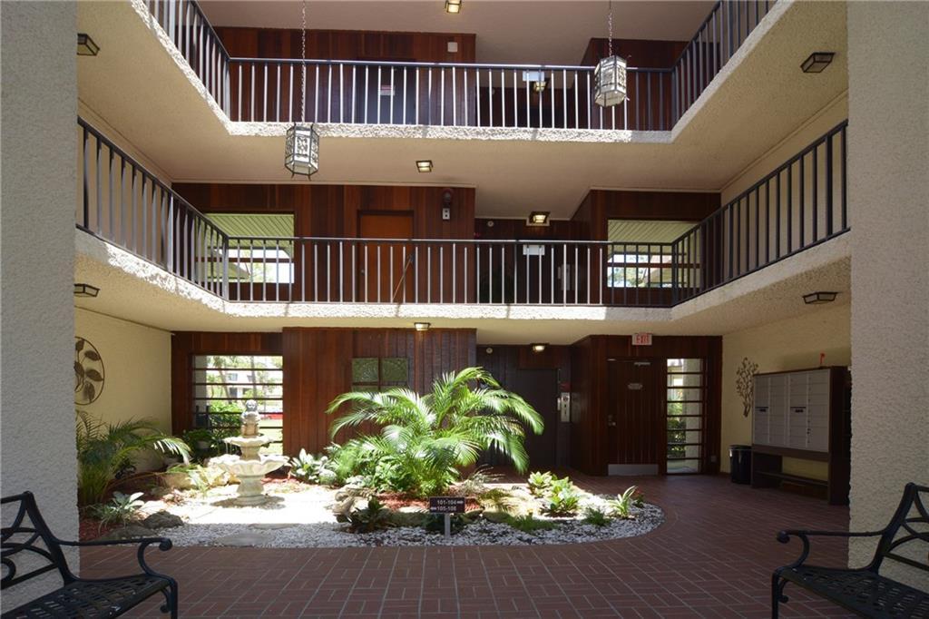1800 SE Saint Lucie,  Stuart, FL