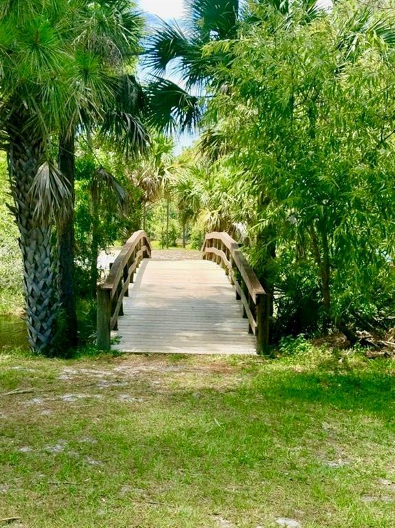 PINECREST LAKES JENSEN BEACH FLORIDA