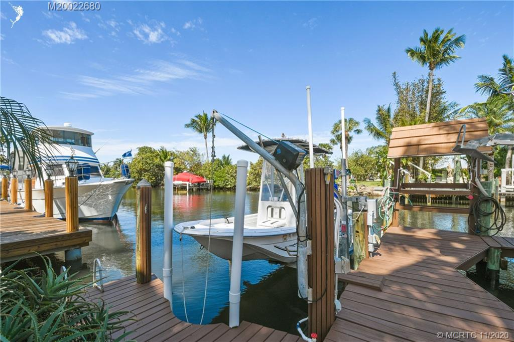 NORTH HOBE SOUND SHORES HOMES FOR SALE