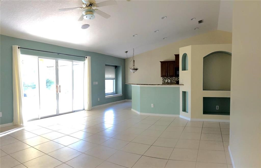 484 SW Saginaw, Port Saint Lucie, FL, 34953
