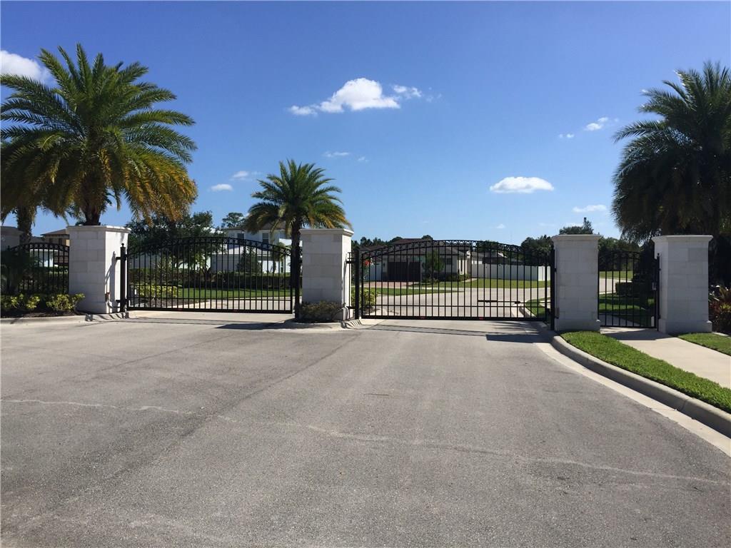 169 SE Via Visconti, Port Saint Lucie, FL, 34952