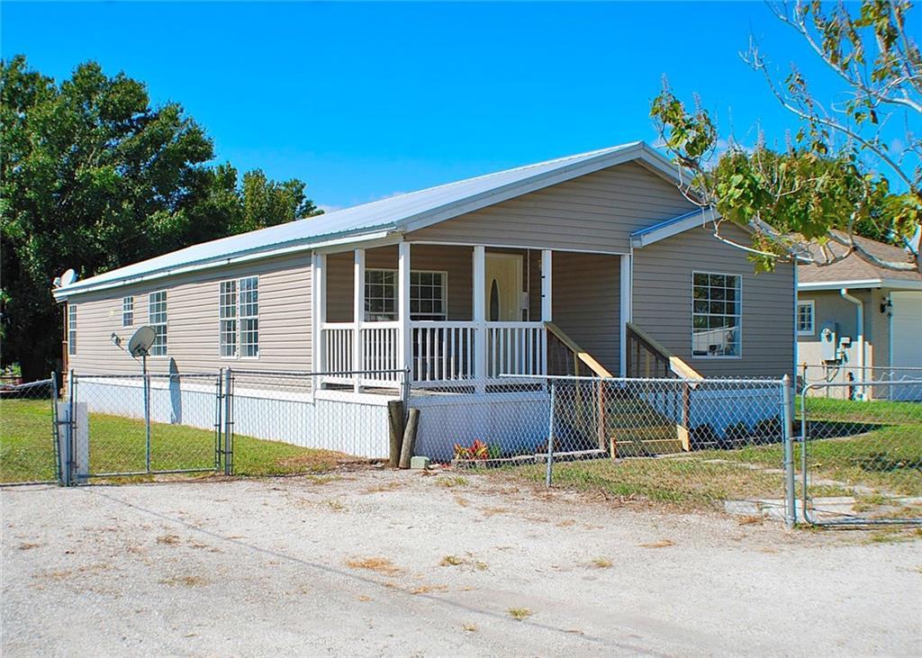 1068 2nd, Okeechobee, FL, 34974