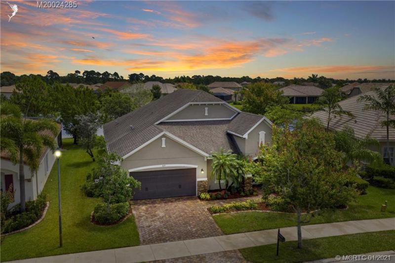829 SW Sun,  Palm City, FL