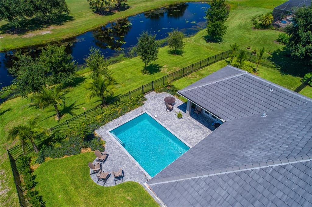 COBBLESTONE COUNTRY CLUB PROPERTY