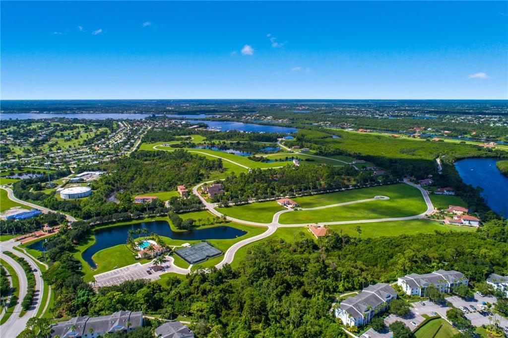 218 SE Fiora Bello, Port Saint Lucie, FL, 34952