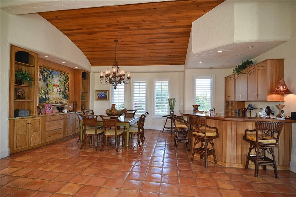 LOBLOLLY PINES REALTY