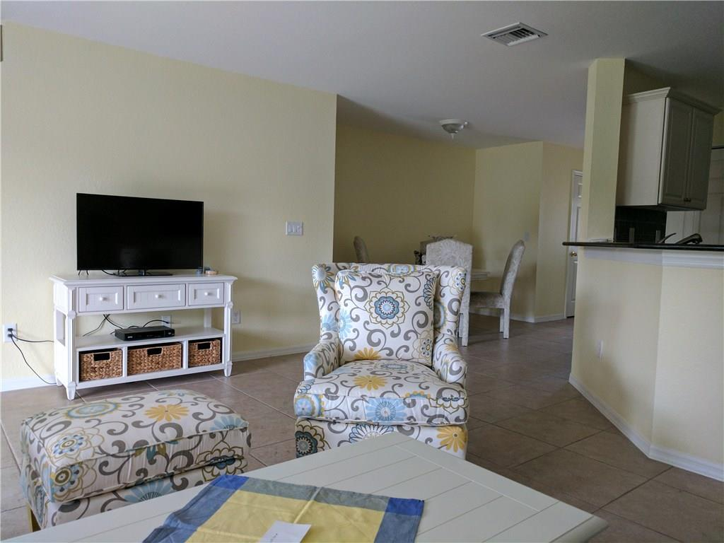 LEXINGTON LAKES CONDO PROPERTY