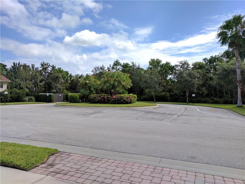 LEXINGTON LAKES CONDO STUART FLORIDA