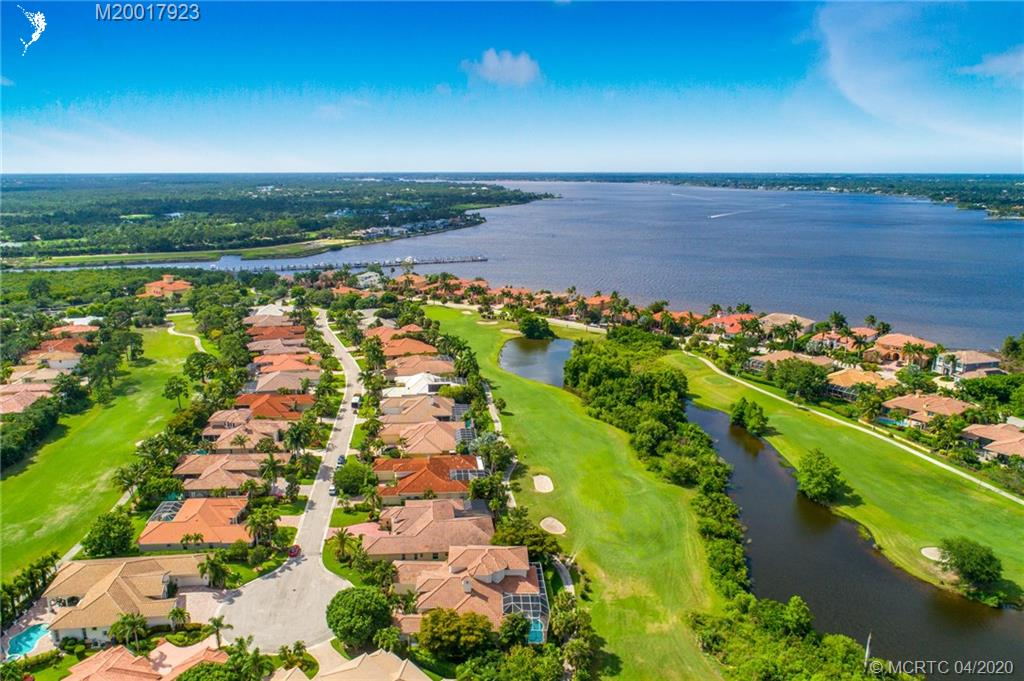 PALM COVE GOLF & YACHT CLUB REALTY