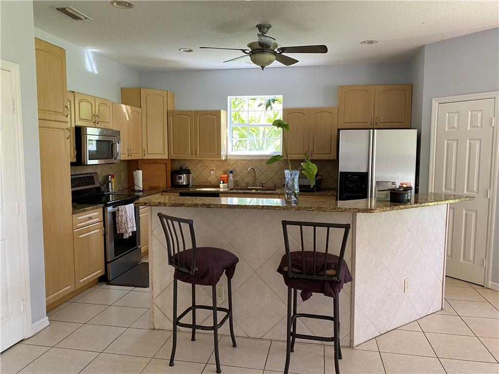 542 NW Ember, Jensen Beach, FL, 34957