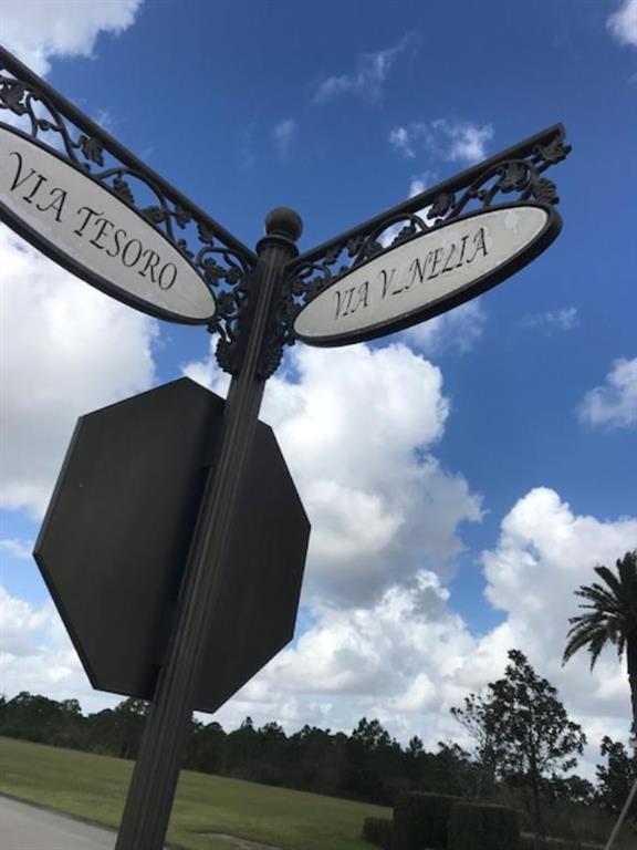 101 SE Via Venezia, Port Saint Lucie, FL, 34984