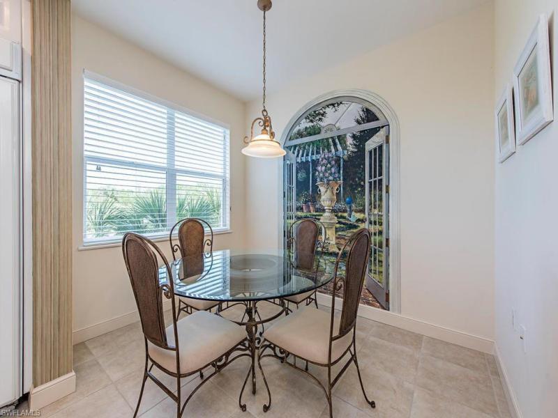 720 Waterford 303, Naples, FL, 34113