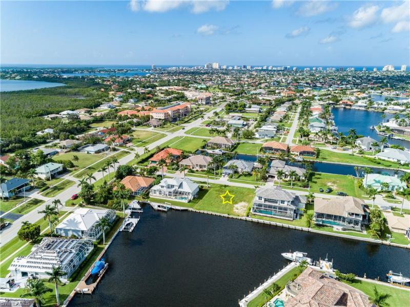 25 Anchor, Marco Island, FL, 34145