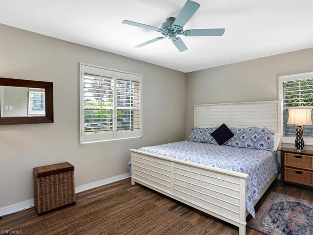 image 16 of 844 8th ST SNaples FL 34102
