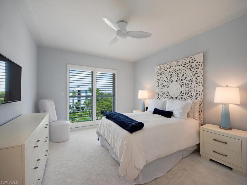 1285 N Gulf Shore Blvd #5d, Naples, Fl 34102