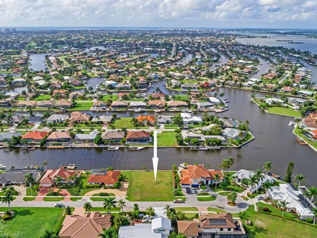 160 Channel, Marco Island, FL, 34145