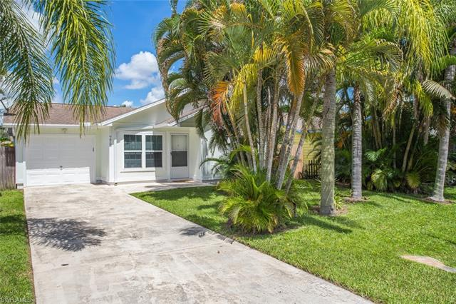 779 98th Ave  NAPLES  34108