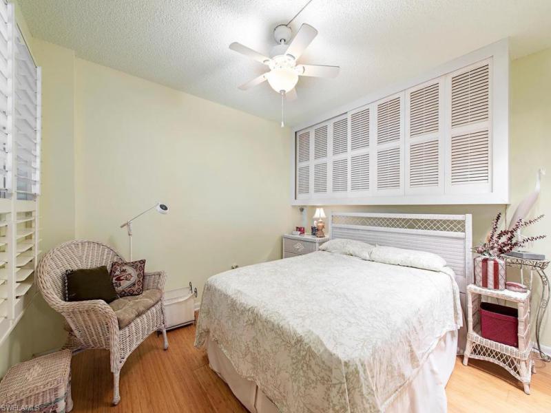 1300 N Gulf Shore Blvd #211, Naples, Fl 34102
