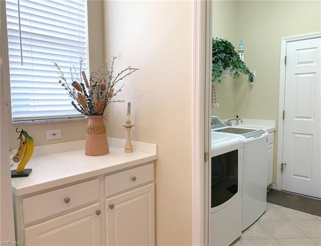 IMAGE 13 FOR MLS #220049204 | 8685 NOTTINGHAM POINTE WAY, FORT MYERS, FL 33912