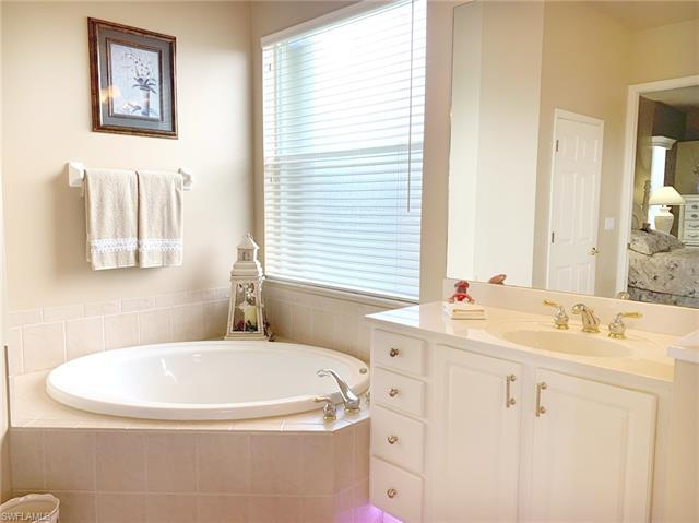 IMAGE 18 FOR MLS #220049204 | 8685 NOTTINGHAM POINTE WAY, FORT MYERS, FL 33912
