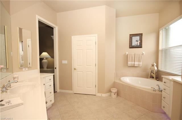IMAGE 19 FOR MLS #220049204 | 8685 NOTTINGHAM POINTE WAY, FORT MYERS, FL 33912