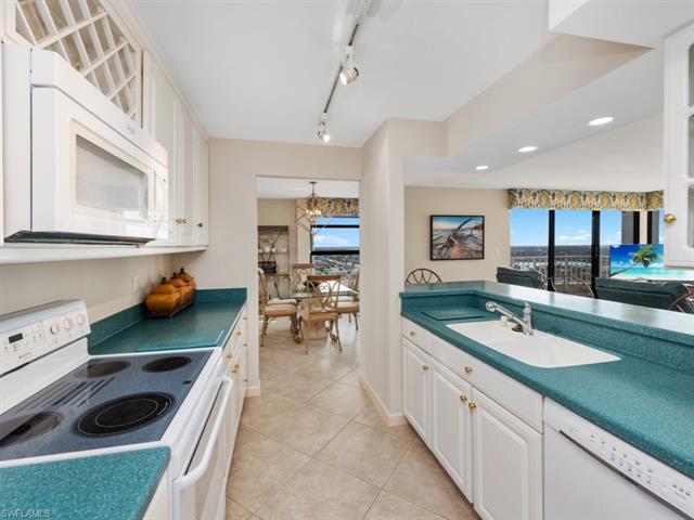 300 S Collier 2102, Marco Island, FL, 34145