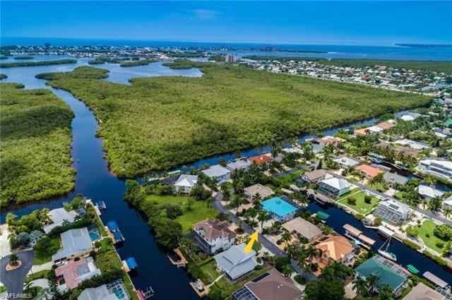 11620 Isle Of Palms Dr  FORT MYERS BEACH  33931