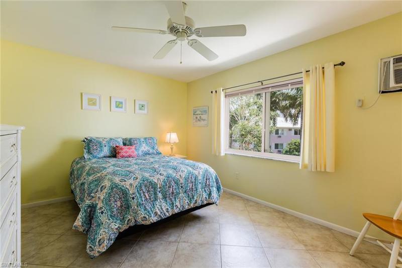 190 N Collier V-9, Marco Island, FL, 34145