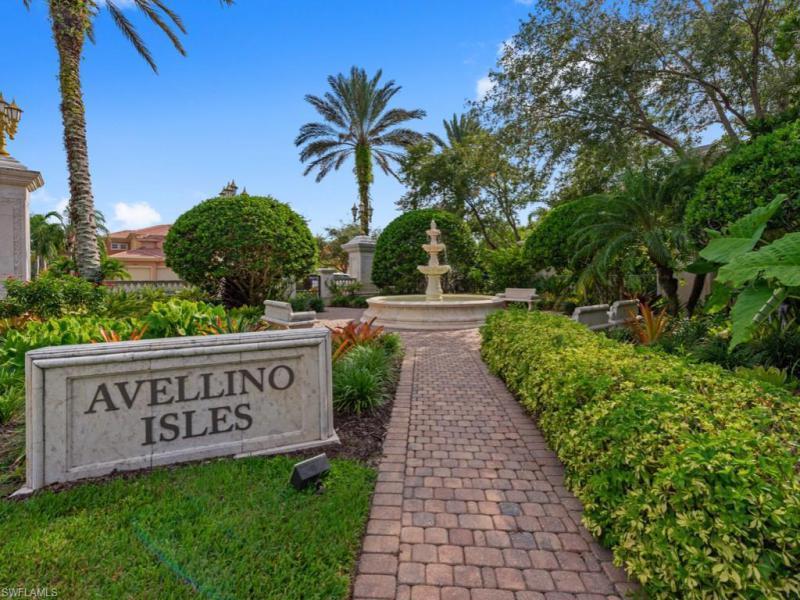538 Avellino Isles Cir #9302, Naples, Fl 34119